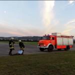 1 10-Rettung Konrad aus dem Flugzeug 3